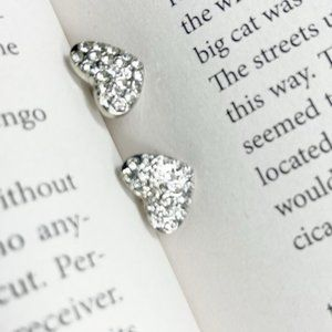 WHITE GOLD PAVE HEART STUDS